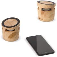 Houten speaker met draadloze oplader